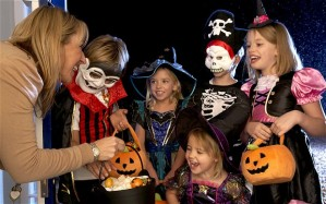 CHILDREN-HALLOWEEN_2718909b